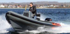 Zero emission coach boat debuts