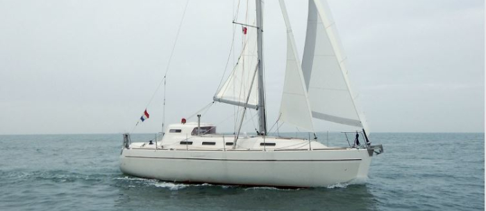 Electric Propulsion Solves Triple Keel Conundrum Electric Hybrid Marine Technology